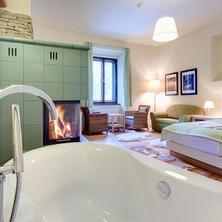 Hotel Líšeňský Dvůr-Líšná-pobyt-Romantický pobyt