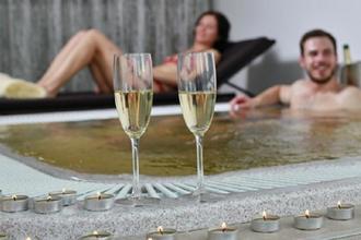 Líšná-pobyt-Romance pobyt ve svatebním apartmánu na 2 noci