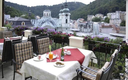 Spa Hotel Schlosspark Terasa restaurace