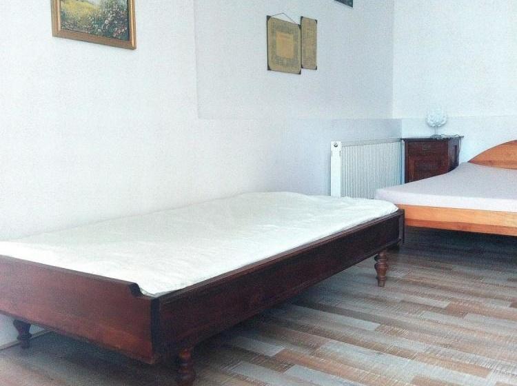 Přízemní ap. - ložnice