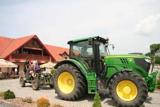 Chrastava-pobyt-Zážitkový 3 denní pobyt s jízdou na koni či v zemědělském stroji pro dva