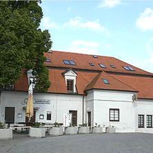 Apartmány U lípy Nasavrky