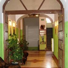 Vstup do hotelu - Jičín