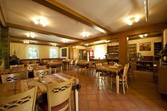 Hotel garni Klaret Valtice 37952692