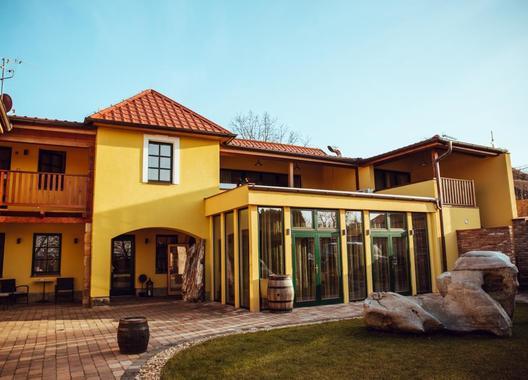 Hotel-garni-Klaret-2