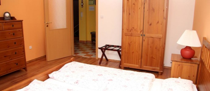 Apartmán Nerudova Jičín 568775866