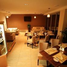 BARBORA Restaurant & Penzion Kutná Hora 37020246