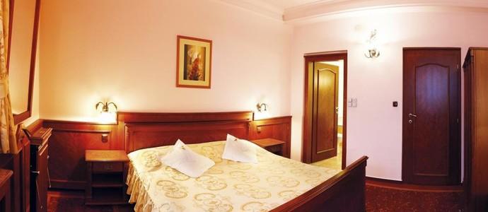 Hotel AGH Rožnov pod Radhoštěm 1133599535