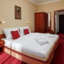 Wellness Hotel Lužan Rumburk 49175770