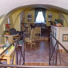 Pod kostelem Týn nad Vltavou 33476312