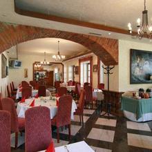 Golf Resort Hotel Konopiště Bystřice 44057494