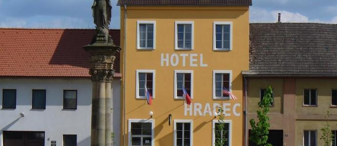 Hotel Hradec Mlázovice 1136707929