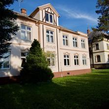 Hotýlek a Café Antler Studénka