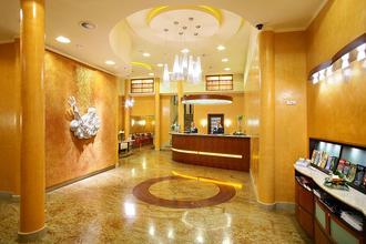 Adria Hotel Prague Praha 44717226