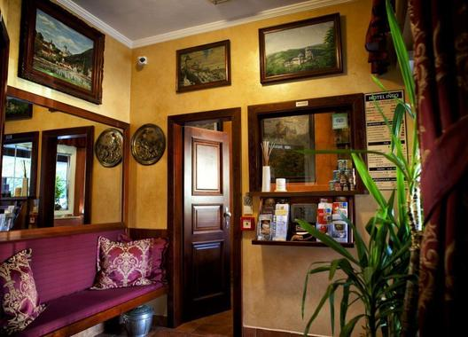 hotel-karlstejn_restaurant-kafe-bar-nebe-3