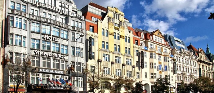 AMBASSADOR - ZLATÁ HUSA Praha