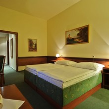 HOTEL U TŘÍ KORUNEK Praha 1127362331