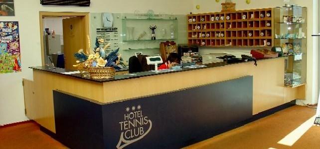 HOTEL TENNIS CLUB Prostějov 1112919944