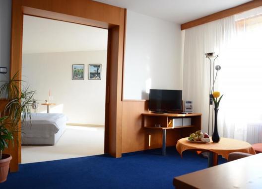 HOTEL-TENNIS-CLUB-5