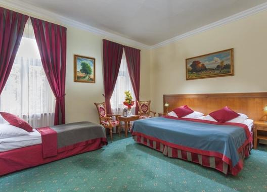 GREEN-GARDEN-HOTEL-12