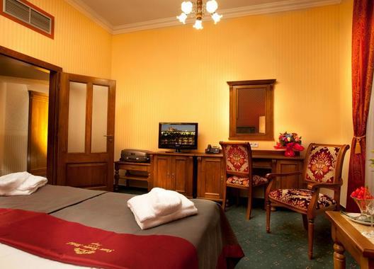GREEN-GARDEN-HOTEL-38