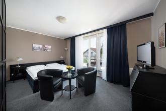 HOTEL TULIPÁN Průhonice 41675686