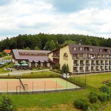 Hotel, pohled na areál