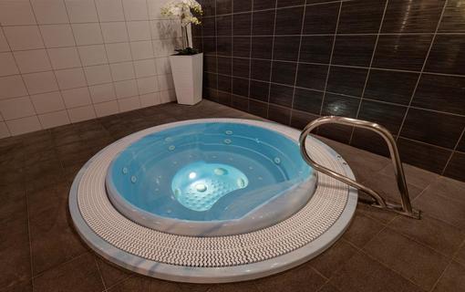 HOTEL VEGA 1155219183