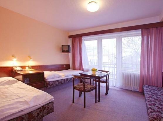 HOTEL FLORET 1155219437