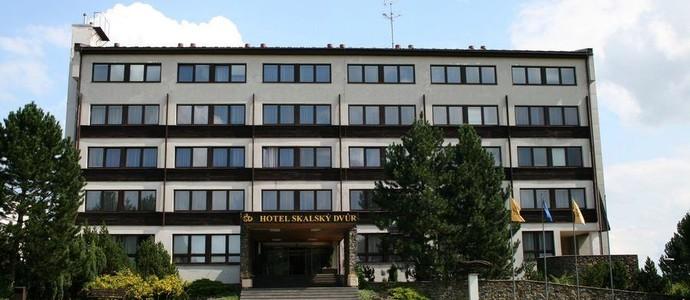 HOTEL SKALSKÝ DVŮR Lísek 1143522365