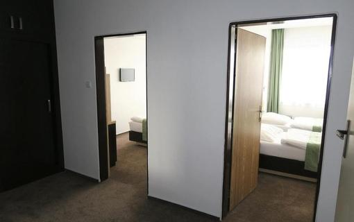 HOTEL SKALSKÝ DVŮR 1155219629