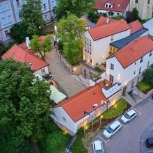 BELLEVUE HOTEL BENEŠOV Benešov 1127981611