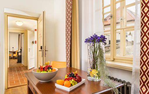 BELLEVUE HOTEL BENEŠOV 1133612375