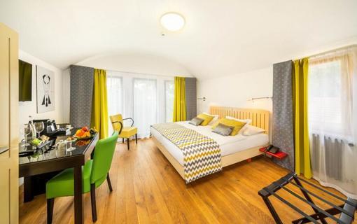 BELLEVUE HOTEL BENEŠOV 1133612351