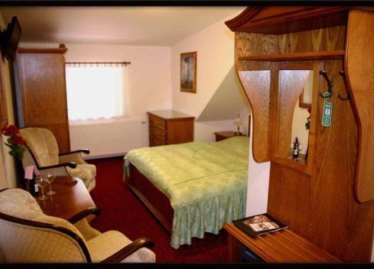 Golden-Golem-hotel-3