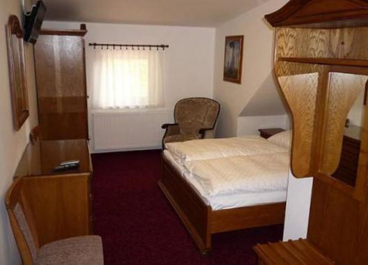Golden-Golem-hotel-5