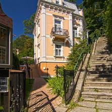 Villa Renan