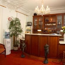 Hotel HELUAN Karlovy Vary 36478756