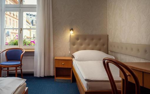 HOTEL RŮŽE 1155221679