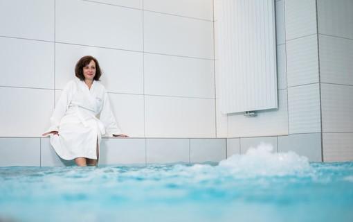 Poznávací maxi víkend ve městě horkých pramenů-ASTORIA Hotel & Medical Spa 1155081093