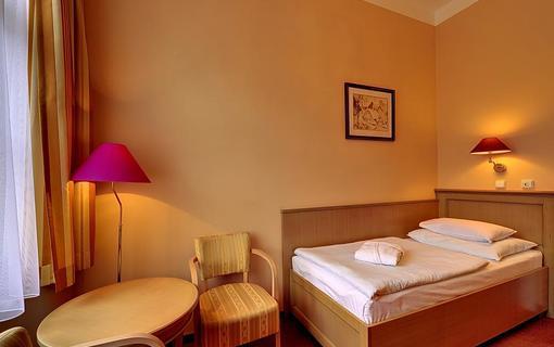 Radium Palace Spa Hotel 1155223171