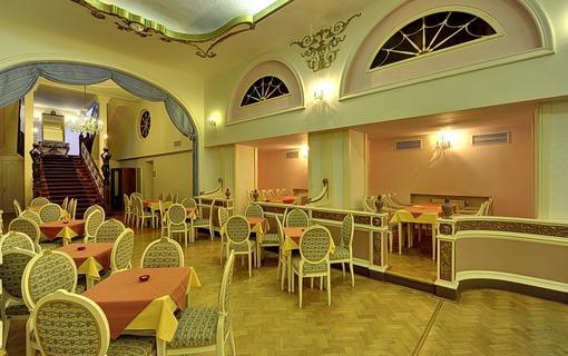 Radium Palace Spa Hotel 1155223183