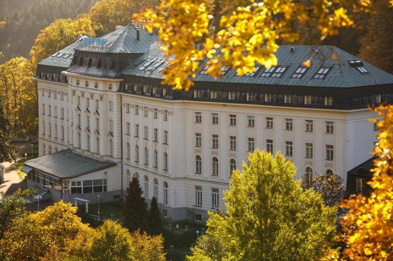 Radium Palace Spa Hotel 1