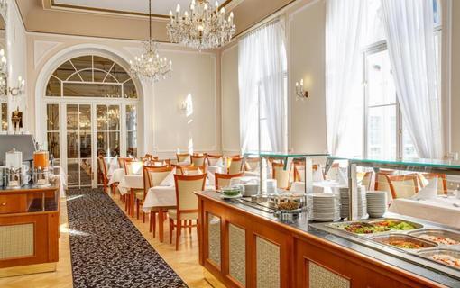 Radium Palace Spa Hotel 1155223155