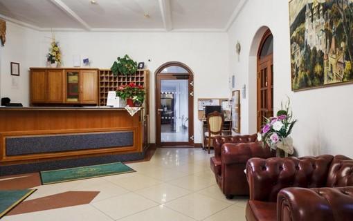 Zadáno pro dámy-HOTEL SPA SMETANA - VYŠEHRAD 1151969349