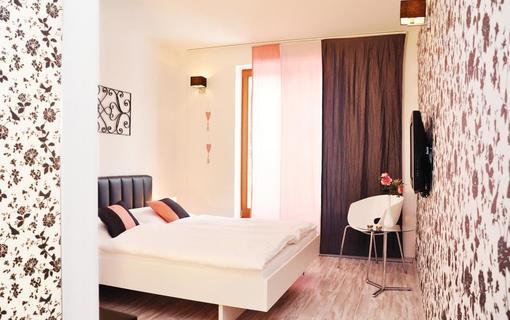 Design hotel RomantiCK Pokoj klasik Šípková růže.