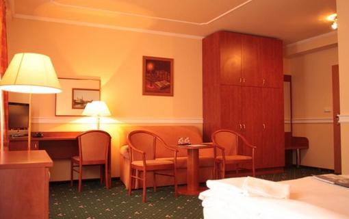 Hotel Bajkal 1157480179