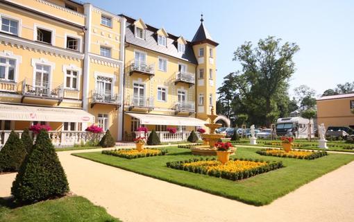 Hotel Bajkal Zahrada