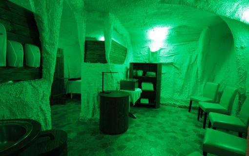 Hotel Bajkal Parafínová jeskyně