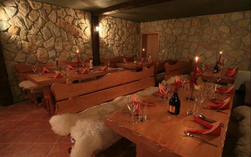 Hotel Bajkal 1157480197